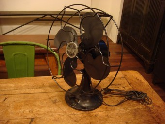 インダストリアル扇風機